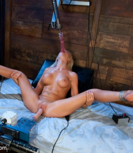 pornstar_fucked_machine (1)